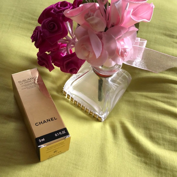 CHANEL Other - Chanel Sublimage La Creme Yeux
